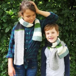 Schal fürs Leben 2019 - Kinderschal: Junge und Mädchen mit Schal.