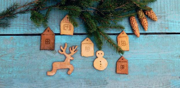 Bastelideen Weihnachten: Weihnachtsanhänger aus Salzteig
