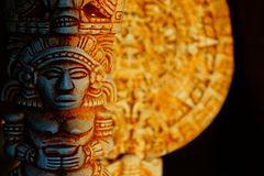 Maya-Horoskop: Eine Statue der Maya
