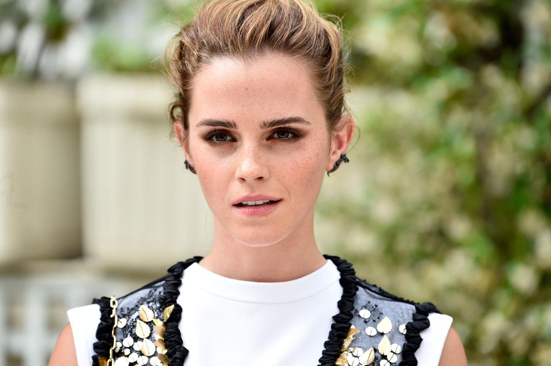 Prinz Harrys Ex-Freundinnen: Emma Watson blickt in Kamera