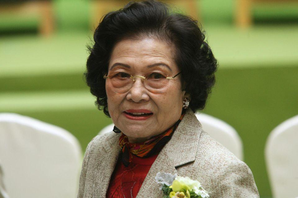 Die reichsten Frauen der Welt: Kwong Siu-hing schaut in die Kamera