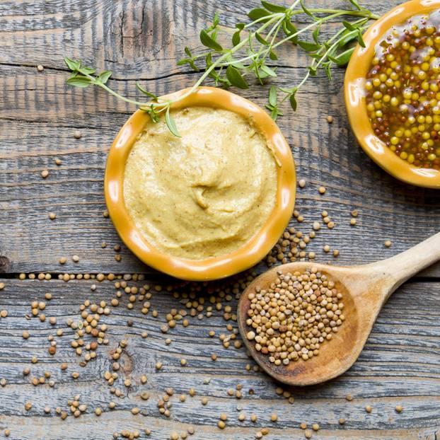 Senf selber machen: Rezept mit nur 6 Zutaten