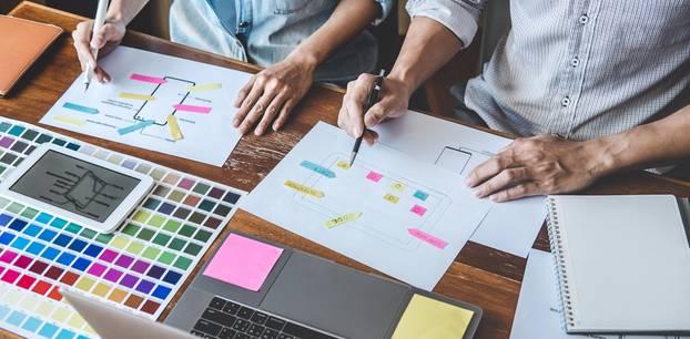 Kreative Bewerbung: Arbeiten mit Post-its und Mindmaps