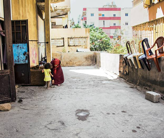 """Spendenaktion für syrische Flüchtlingskinder mit """"Ein Schal fürs Leben"""""""