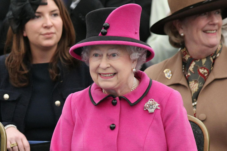 Queen Elizabeth II. hat eine Band, die sie gerne beim Essen hört