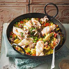 Paella mit Calamari & Hähnchen