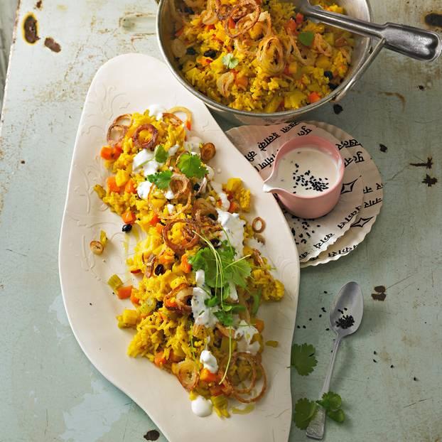 Pilaw mit Pastinaken und Buttermilch-Dip