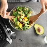 Essverhalten ändern - der Weg zur gesunden Ernährung: Schüssel mit Salat