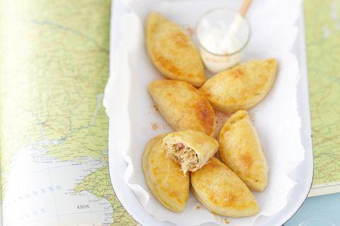 Piroggen mit Speck und Sauerkraut