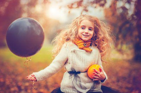 Warum wir alle ein November-Geburtstagskind in unserem Leben brauchen