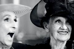 Angst vor dem Altern? 99-Jährige erzählt: Zwei ältere Damen