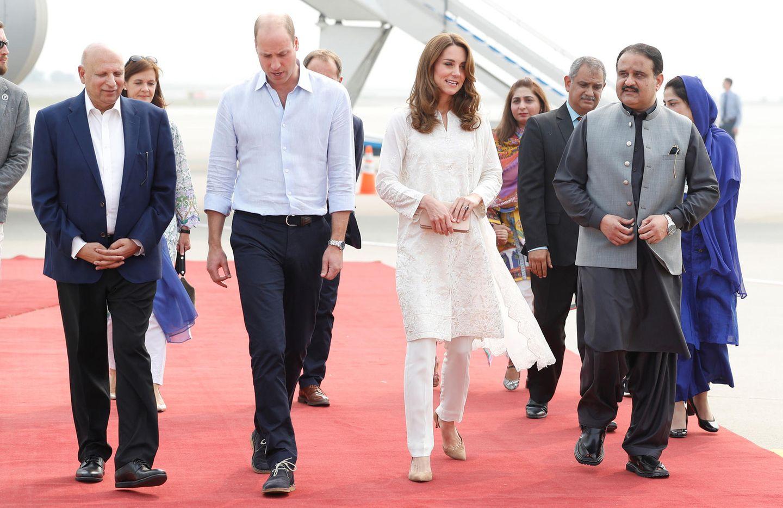 Lady Dianas Looks: Kate Middleton in weissem Kaftan