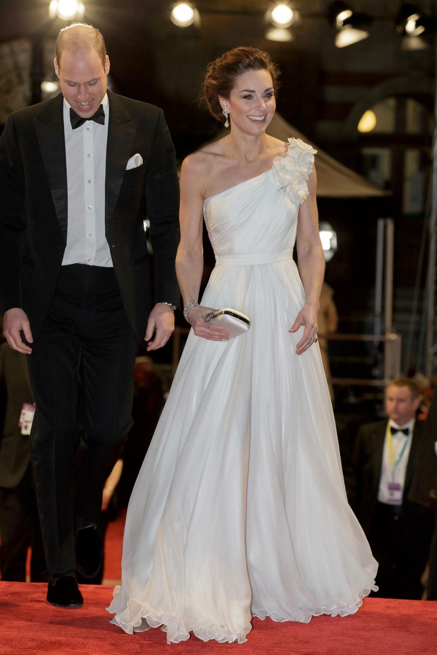 Lady Dianas Looks: Kate Middleton im weissen Abendkleid