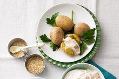Geräucherte Kartoffeln mit Sesamcreme