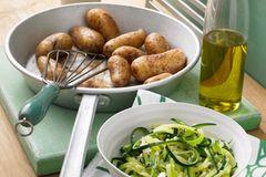 Geschwenkte Kartoffeln mit Sardellenpaste