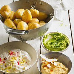 Gedämpfte Kartoffeln mit drei Dips
