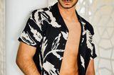 Prince Charming: Mann mit offenem Hemd