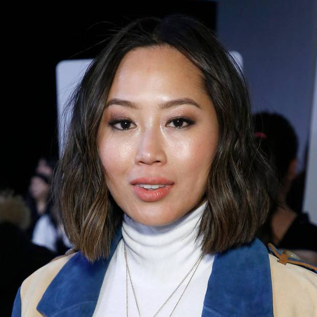 Moderne Frisuren: Influencerin Aimee Song auf der New York Fashion Week