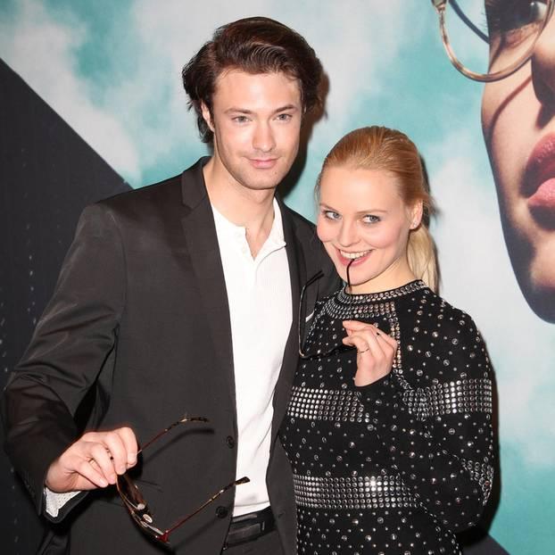 Julian Schneider und Jenny Löffler