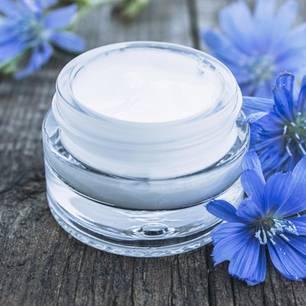 Gesichtscreme selber machen: Gesichtscreme in Glasbehälter