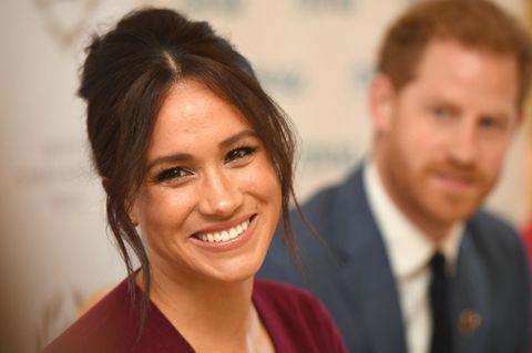 Herzogin Meghan mit hochgesteckten Haaren