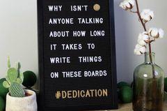Wolltest du deiner Freundin schon immer etwas Besonderes mitteilen? Dann sag es ihr doch einfach mit einem Letterboard. Wir versprechen, die Message kommt garantiert an! Über cottonballlights.com, um 23 Euro.