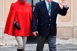 Weihnachten bei den Royals: Prinzessin Charlene von Monaco im roten Poncho
