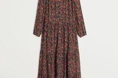Ohne Blümchenkleider – ohne uns! Dieses Kleid kommt mit einem breitem Taillengürtel so richtig groß raus. Von Mango, um 60 Euro.