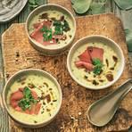 Kartoffelsuppe: Kartoffel-Kräuter-Rahmsuppe mit Pastrami