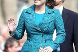 Haarfarben der Royals: Prinzessin Eugenie winkt