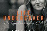 """Buchtipps der Redaktion: Buchcover """"Life Undercover"""""""