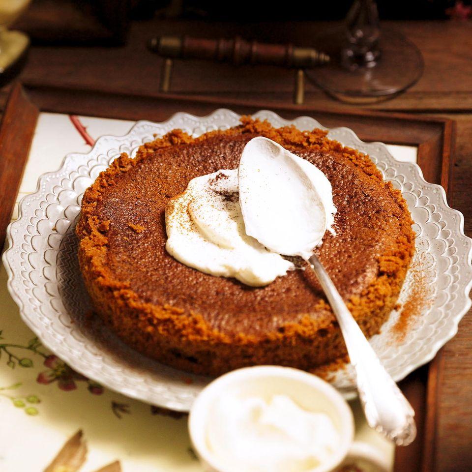 Fudge Pie mit Whiskey-Sahne