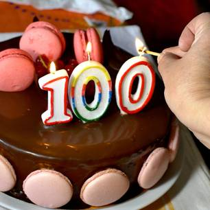 100 Jahre: Geburtstagstorte