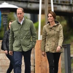 Stars im Partnerlook: Prinz William und Kate Middleton im Parka