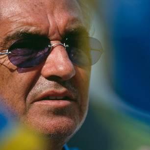 Alter Mann, junge Frau: Flavio Briatore alleine