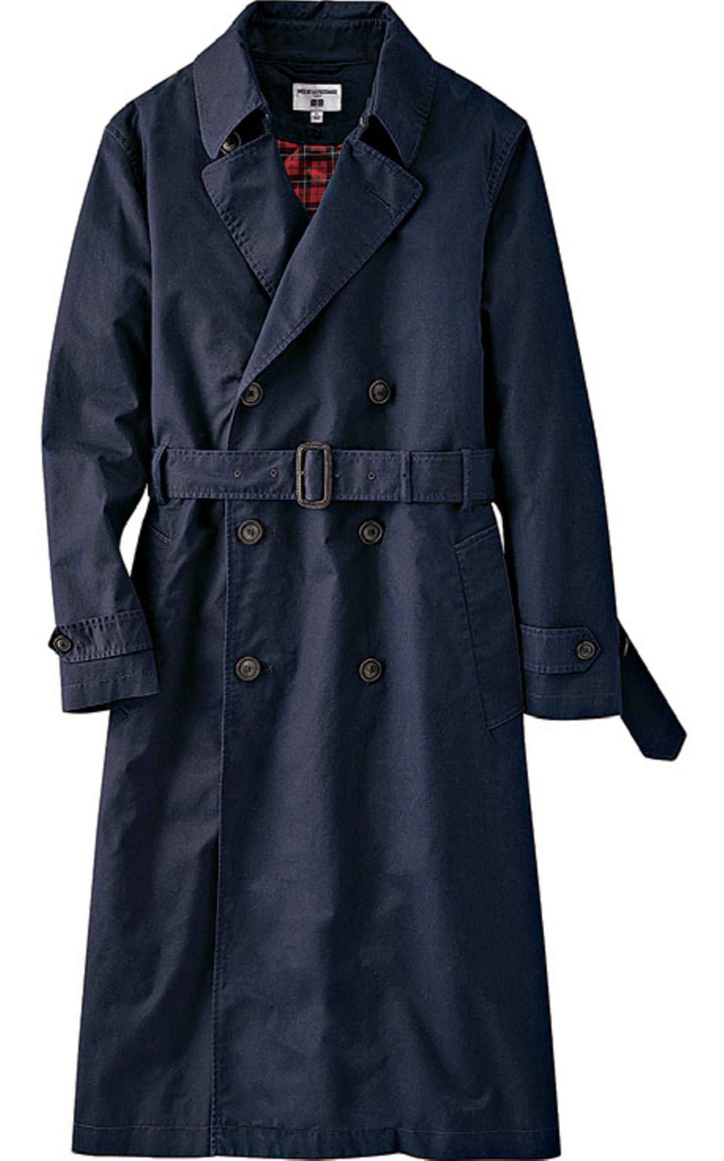 Fashion-Highlights: Schöne Mode-Trends der Saison: Trenchcoat blau