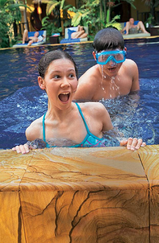 Kambodscha: Tipps für eine Rundreise: Kulturpause im Pool