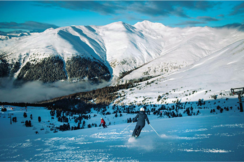 Klassenreise in den Schnee?: verschneite Berglandschaft