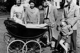 Prinz Philip und die Queen: mit ihren vier Kindern