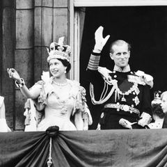 Prinz Philip und die Queen: bei der Krönung