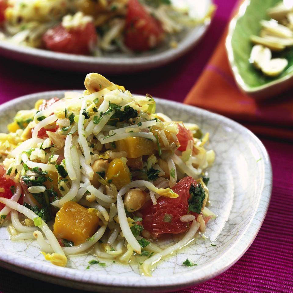Sprossen-Salat mit Naturreis