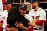 Meghan, Kate und Co. 2019: Meghan Markle umarmt Baseballspieler