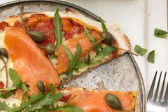 Pizza Salmone