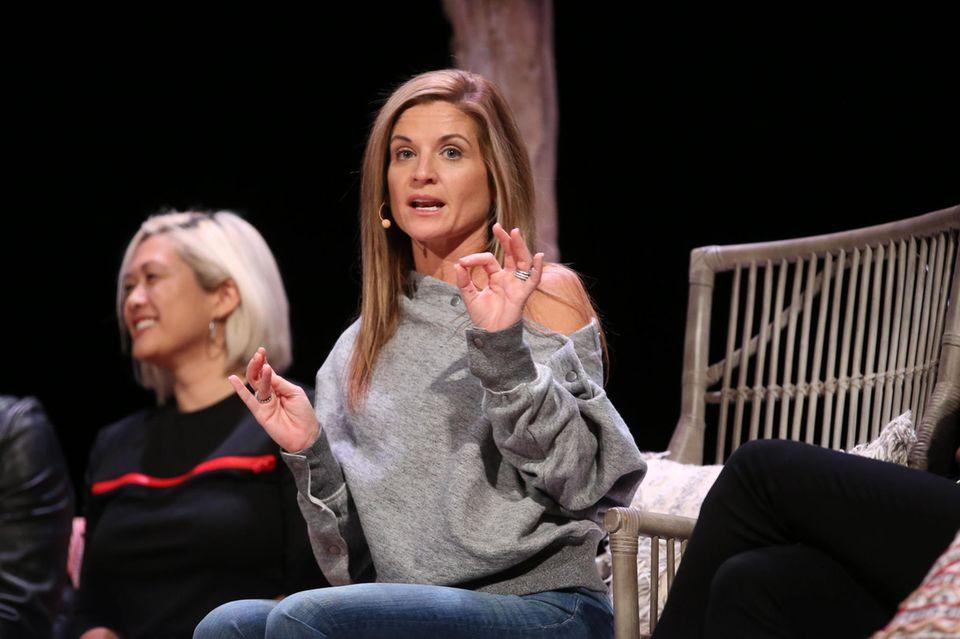 """Glennon Doyle rief mit anderen Star-Autorinnen zum """"Love Flash Mob""""auf"""