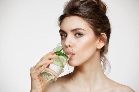 Beauty Geheimnis: Diese Drinks halten deinen Teint fit