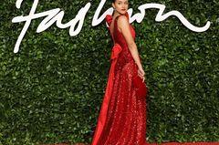 British Fashion Awards 2019: Nathalie Emmanuel auf dem roten Teppich