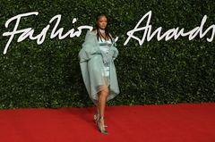 British Fashion Awards 2019: Rihanna auf dem roten Teppich