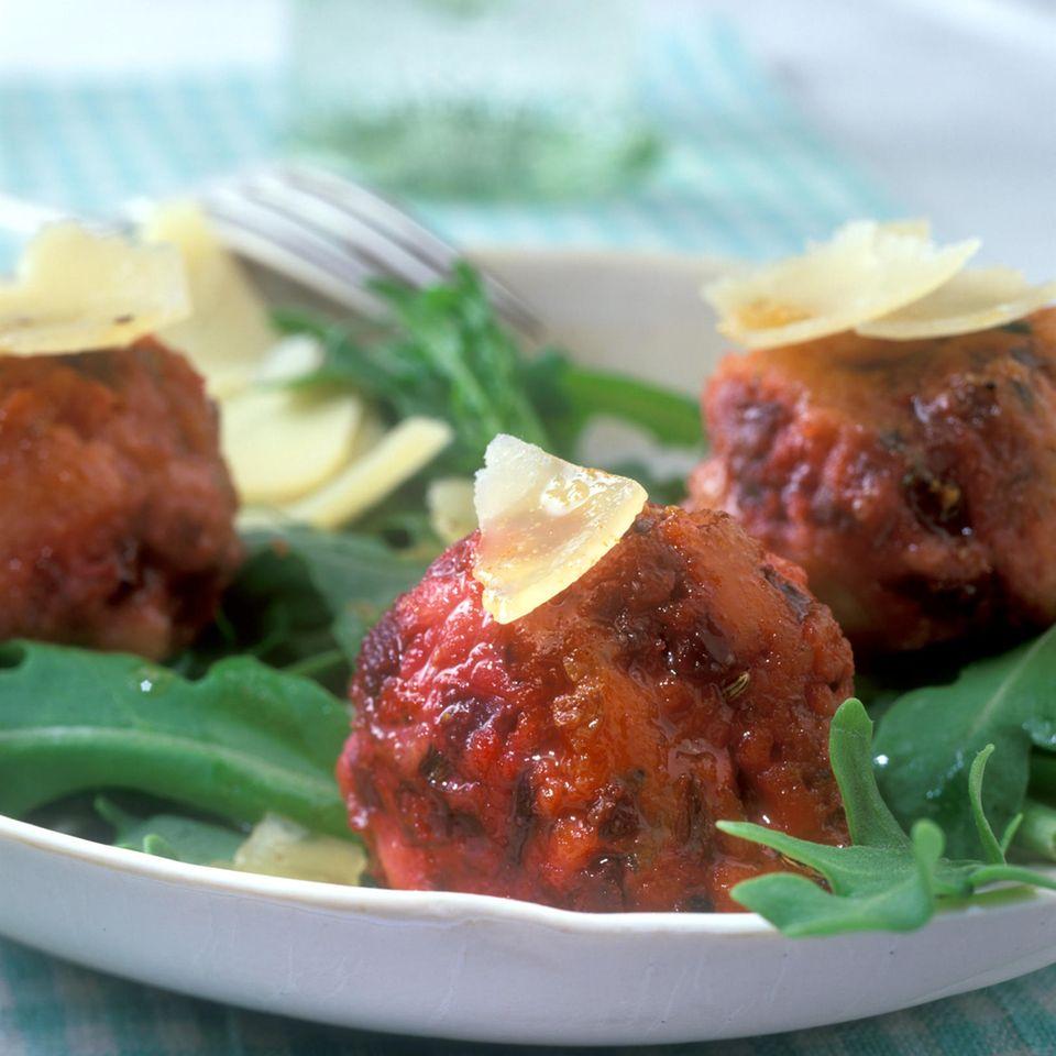 Rote-Bete-Knödel mit Parmesan und gebräunter Butter