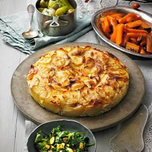 Kartoffelgratin mit Taleggio, Süßkartoffeln und Salbei