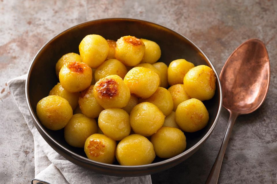 Karamellisierte Kartoffelknödel